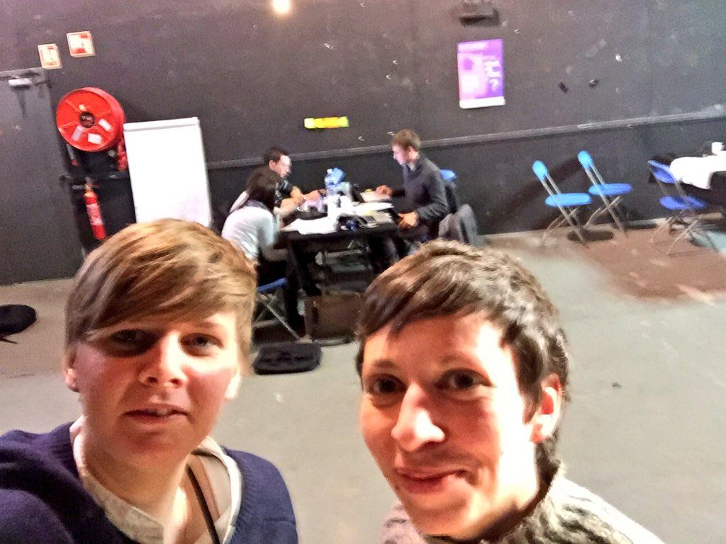 Avec @s_fredriksson on mentore les équipes du hackathon #CheckMyHome à #SuperDemain https://t.co/JxjMCcx6QX
