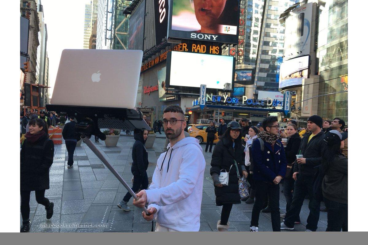 #MacBook #SelfieStick. https://t.co/TAnQoKsQTS #apple https://t.co/u54fvBMslo