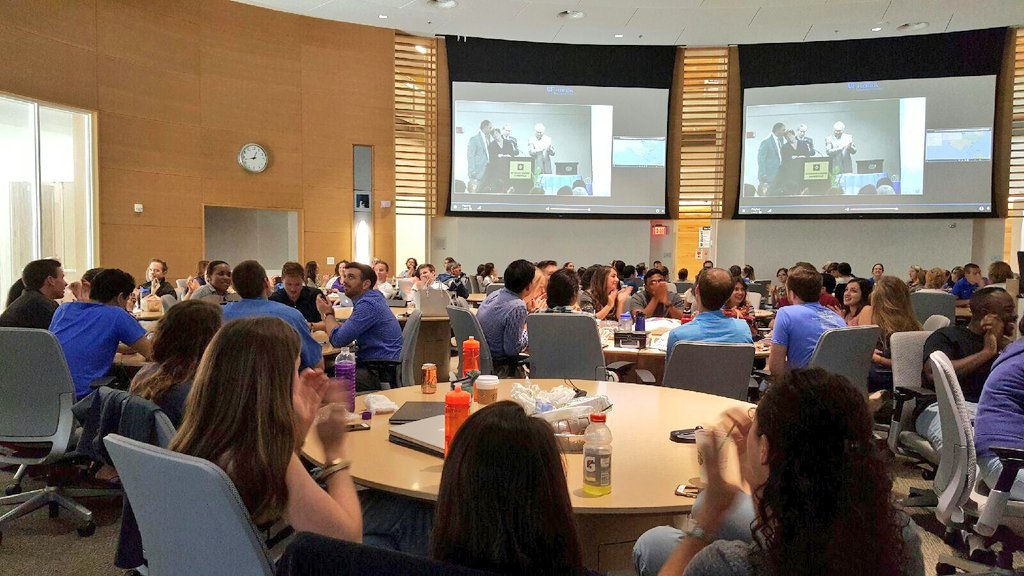 #UFMatch watch party in the UF COM Harrell Medical Education Building! Where are you watching from? #Match2016 https://t.co/QU6nu1M2No