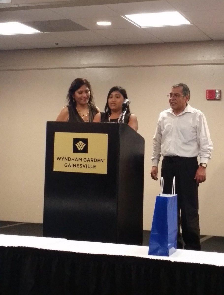 Melanie Mitta will complete her residency in ob-gyn at @UF COM Jax. Congrats! #UFMatch #Match2016 https://t.co/EheioDd6Bx