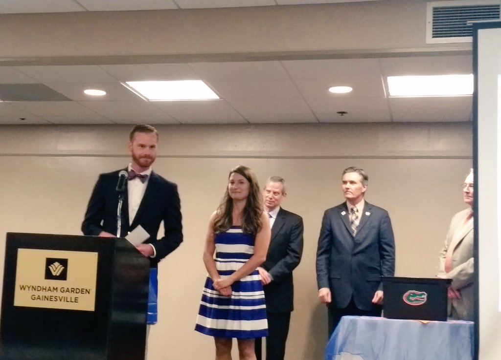 Carl Herndon - last student to announce match - will do orthopedic surgery at NY Presbyterian! #UFMatch #Match2016 https://t.co/KdjH6N5AsS