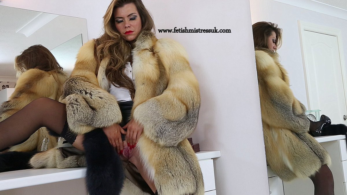 orgasm fetish Fur coat