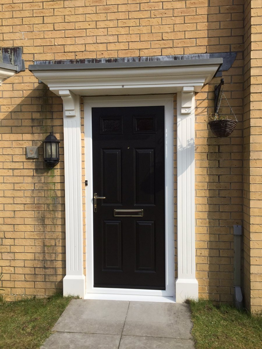 Another of our popular @EnduranceDoors solid core composite doors fitted in #miskin yesterday.pic.twitter.com/8YdKyJNdxU & Rocal (@RocalGroup) | Twitter