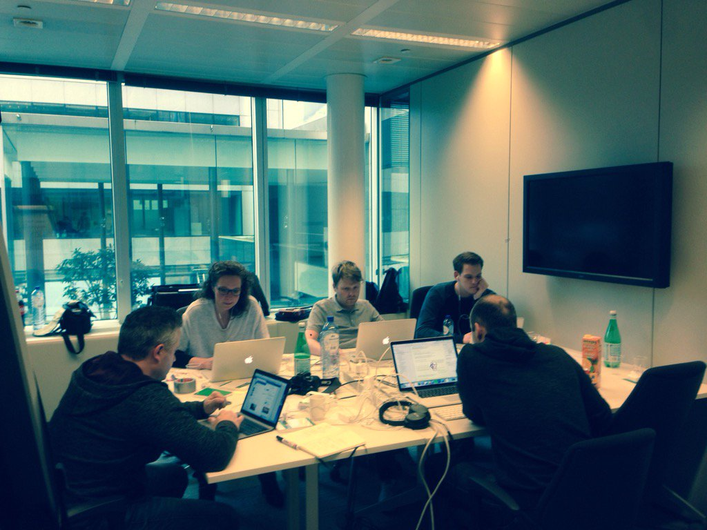 Hacking Healthcare at #mhealthbe @Synappz_Apps team at work! @MobileDoctorsNL https://t.co/lcRGd3oFCG