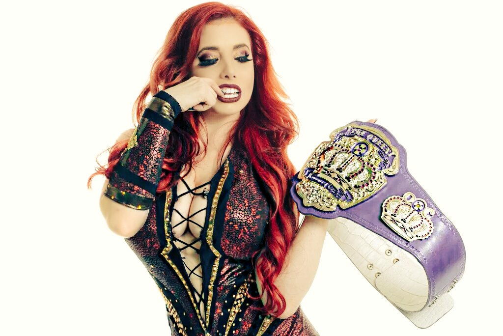 Taeler Hendrix VS Trish Stratus Women's Title Match ...