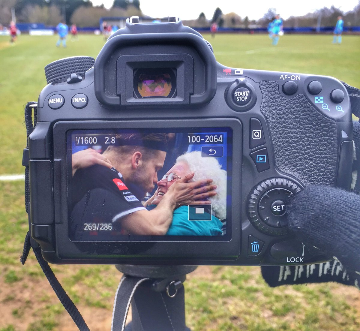 The genius @Gingeraction caught @Hmuggeridge getting a bit too frisky with Ethel in celebrating his goal @Lewes_cfc https://t.co/IiJRe4QURD