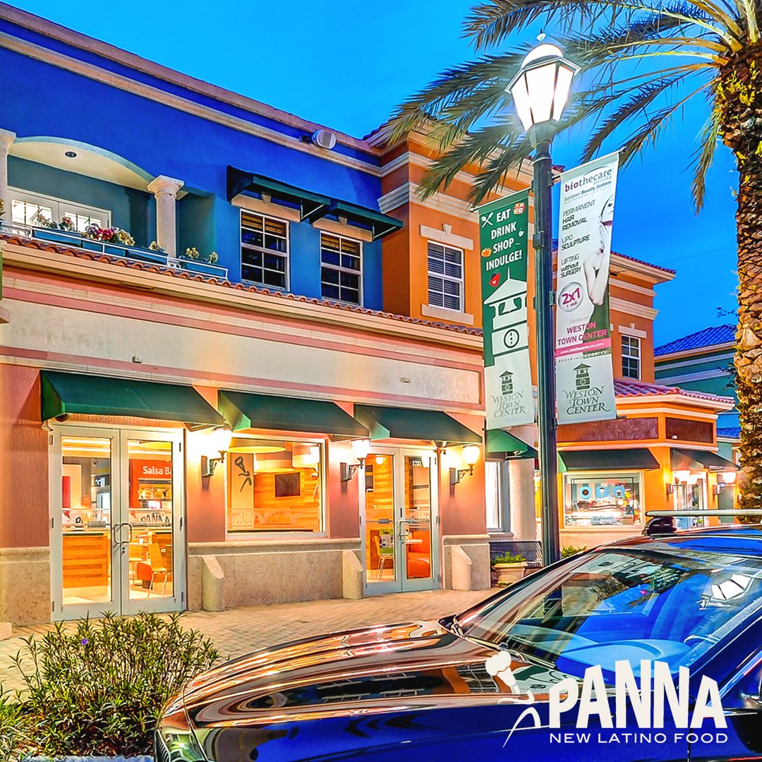 Tonight come by our store in Weston Town Center...ready for you at any time! Happy SaturdayNight! #ilovemypanna https://t.co/yGcWpvilQ0