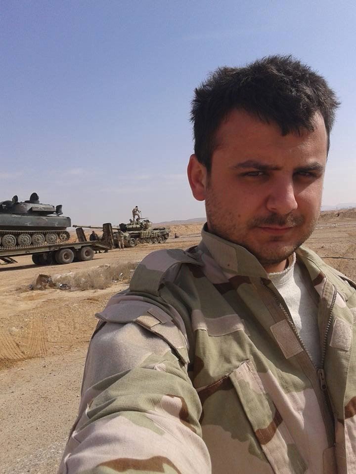 الجيش السوري يبدأ رسميا باستخدام دبابات T-72B  Cd9Ya1bVIAAjRnV