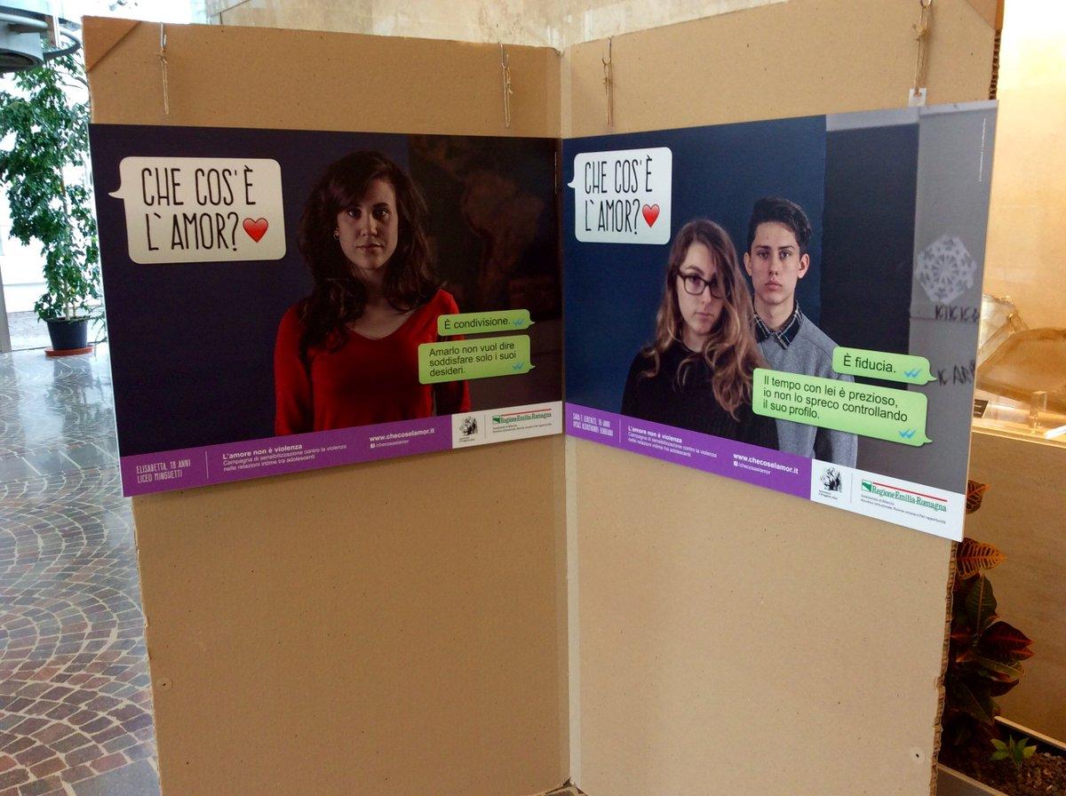 #8marzo @RegioneER inaugura la mostra Che cos'è l'amor. Live tweet del convegno su educazione a parità di genere https://t.co/5ESjRREvfY
