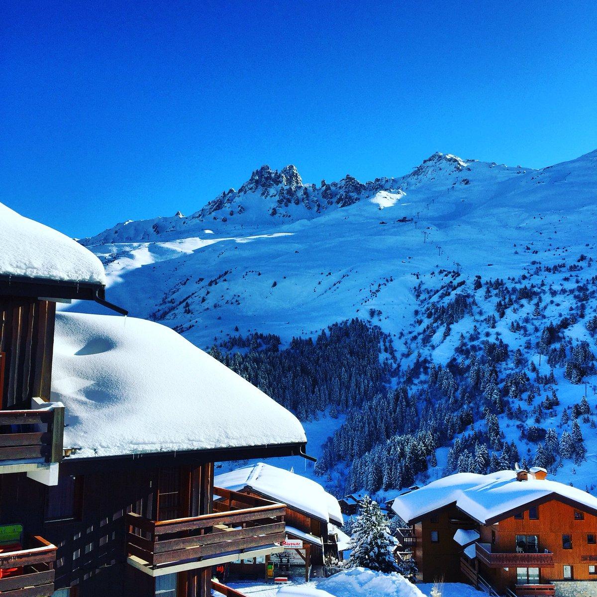 Good Morning Méribel... #skiing #3valleys #travel @ Meribel Mottaret, 3 Valleys, Alps https://t.co/tWdz7sCDPB https://t.co/Yz1xW0PpmZ