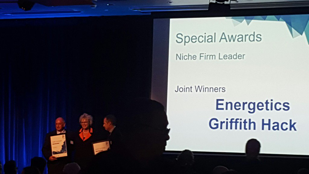Thrilled to win niche firm leader award tonight at #clientchoiceawards with @energetics_au https://t.co/f5wdRLiT1k