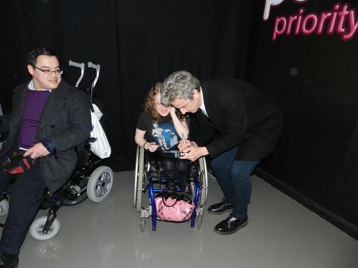 Yesterday I Met Peter Capaldi!! :D @hmv363OxStreet #DoctorWho9DVD #HMVLive #PeterCapaldi #DoctorWho https://t.co/t3IkKOGRx4