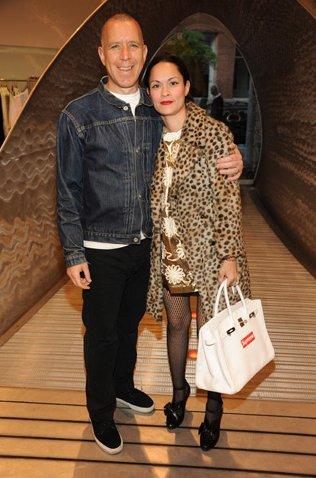 James Jebbia mit Ehefrau Bianca Jebbia