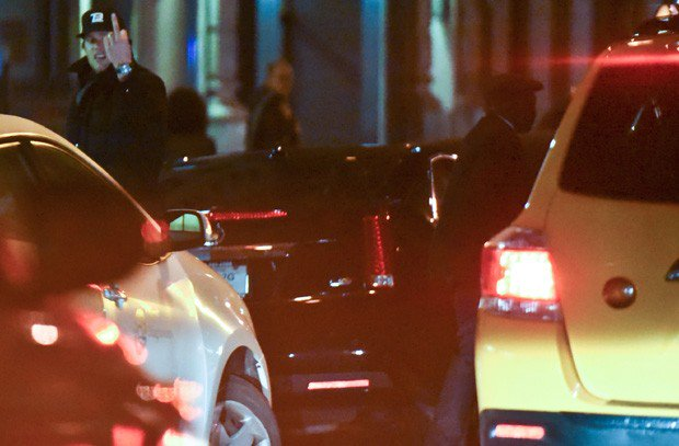 Tom Brady totally just flicked off a New York City cab driver | For The Win