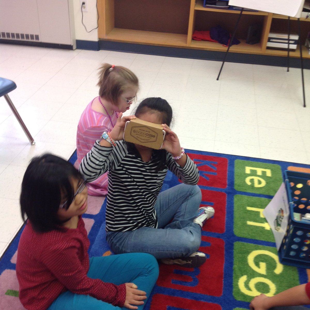 Visiting Alaska using 3D Viewer to learn about the Iditarod <a target='_blank' href='http://twitter.com/APSLibrarians'>@APSLibrarians</a> <a target='_blank' href='http://search.twitter.com/search?q=stratfordrocks'><a target='_blank' href='https://twitter.com/hashtag/stratfordrocks?src=hash'>#stratfordrocks</a></a> <a target='_blank' href='http://twitter.com/GoogleForEdu'>@GoogleForEdu</a> <a target='_blank' href='https://t.co/vaADK3ln0H'>https://t.co/vaADK3ln0H</a>