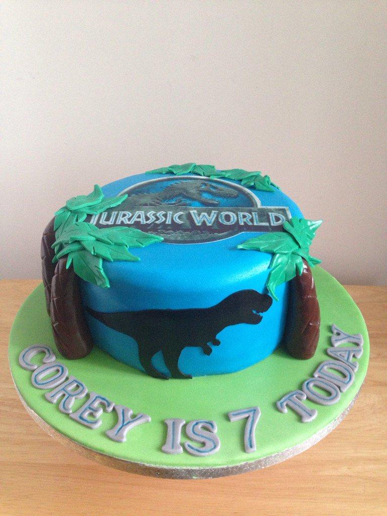 Julie Roche On Twitter Jurassic World Jurassicworld Birthday