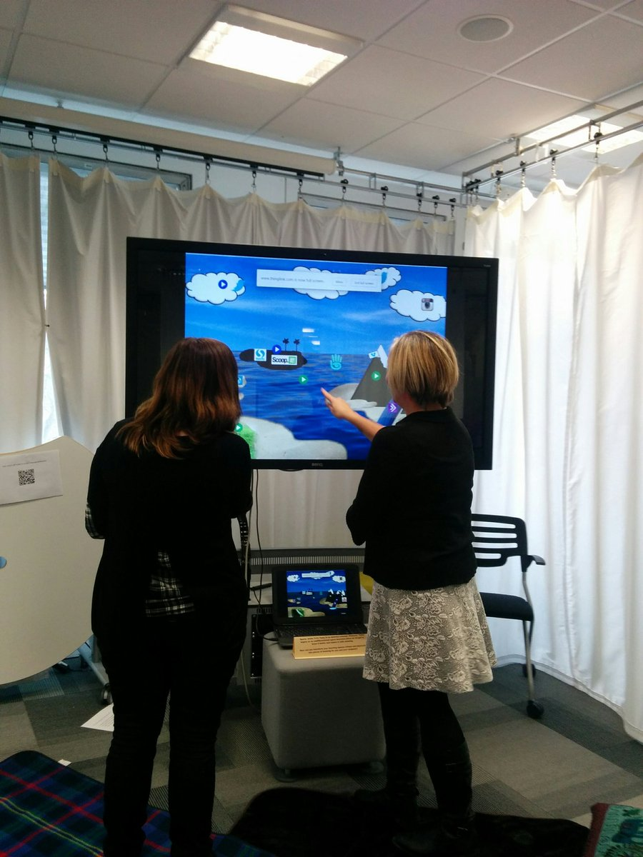 """Great to see folk interacting with the digital map at #teachex16 come on in, the water""""s lovely! https://t.co/xAojwe9K7t"""