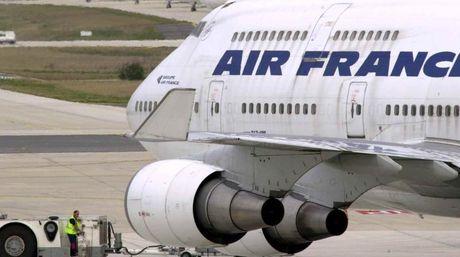 Volo Istanbul Parigi Air France: donna nascondeva il bebe nel bagaglio a mano