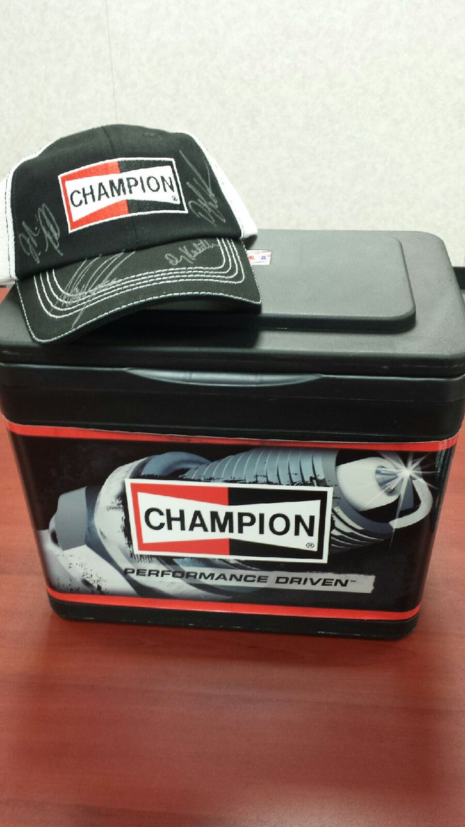 This @ChampionPlugs #WinItWednesday prize is very cool! For your chance to win, visit #TeamKalitta on FB. #NHRA https://t.co/PjodErSP98
