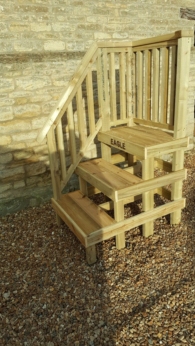 M4em Timber Products On Twitter Large Horse Mounting Block With