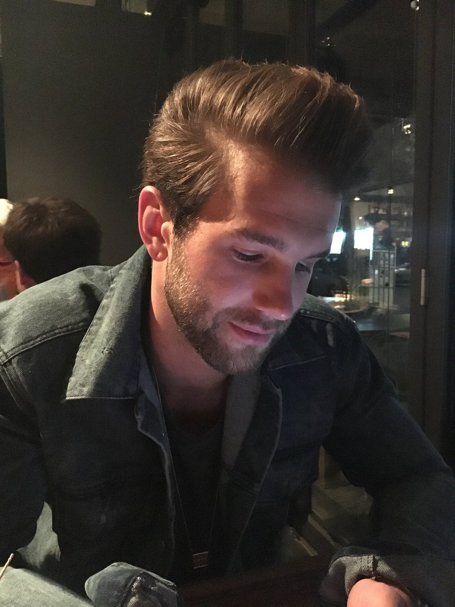 drinks w/ @andre_hamann #dexterjefferson (@ Parker Bowles in Berlin) https://t.co/8Kq5SjFYCA https://t.co/VGh7v7EJ0Q
