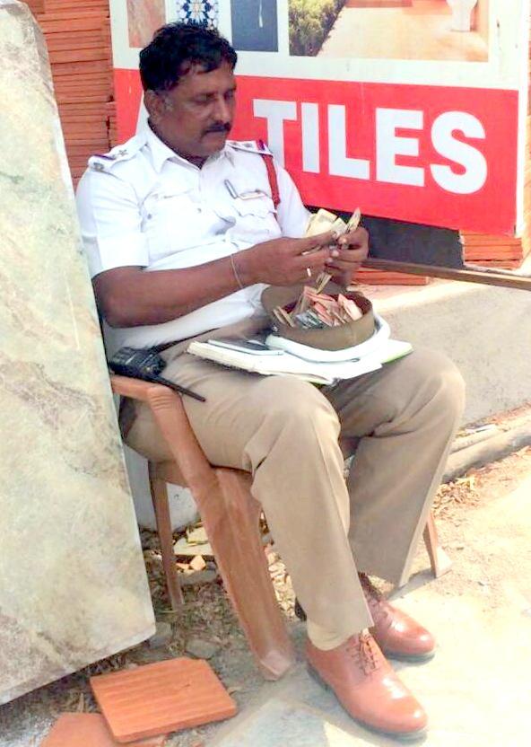 ராமன் ஆண்டாலும் ராவணன் ஆண்டாலும் எங்களுக்கு ஒரு கவலை இல்லை https://t.co/ixQmpFRIJw