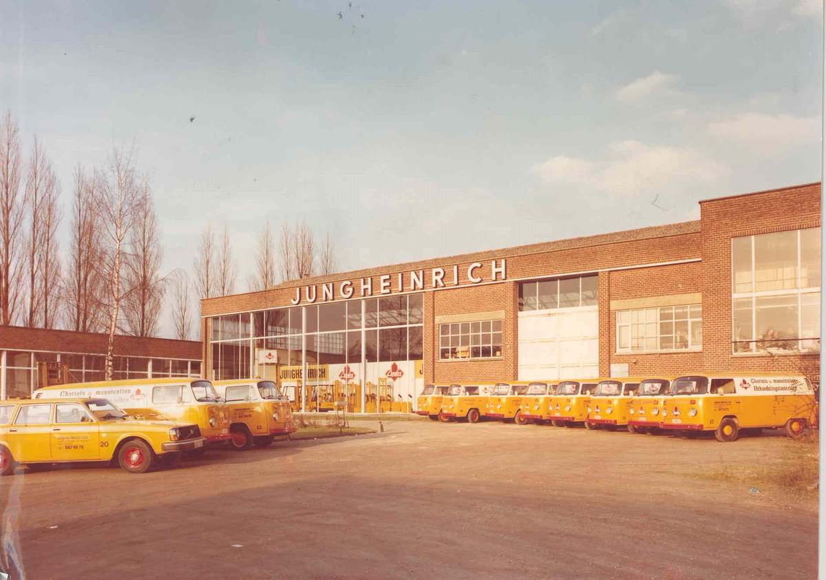40 years Jungheinrich Belgium! #ThrowbackThursday https://t.co/YaHjMhQ47y