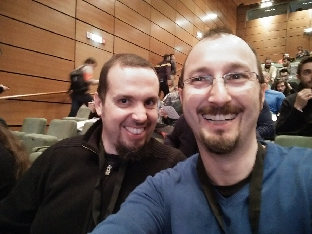 Meeting old friends at #cloudconf2016 https://t.co/w3tmVTaC9R