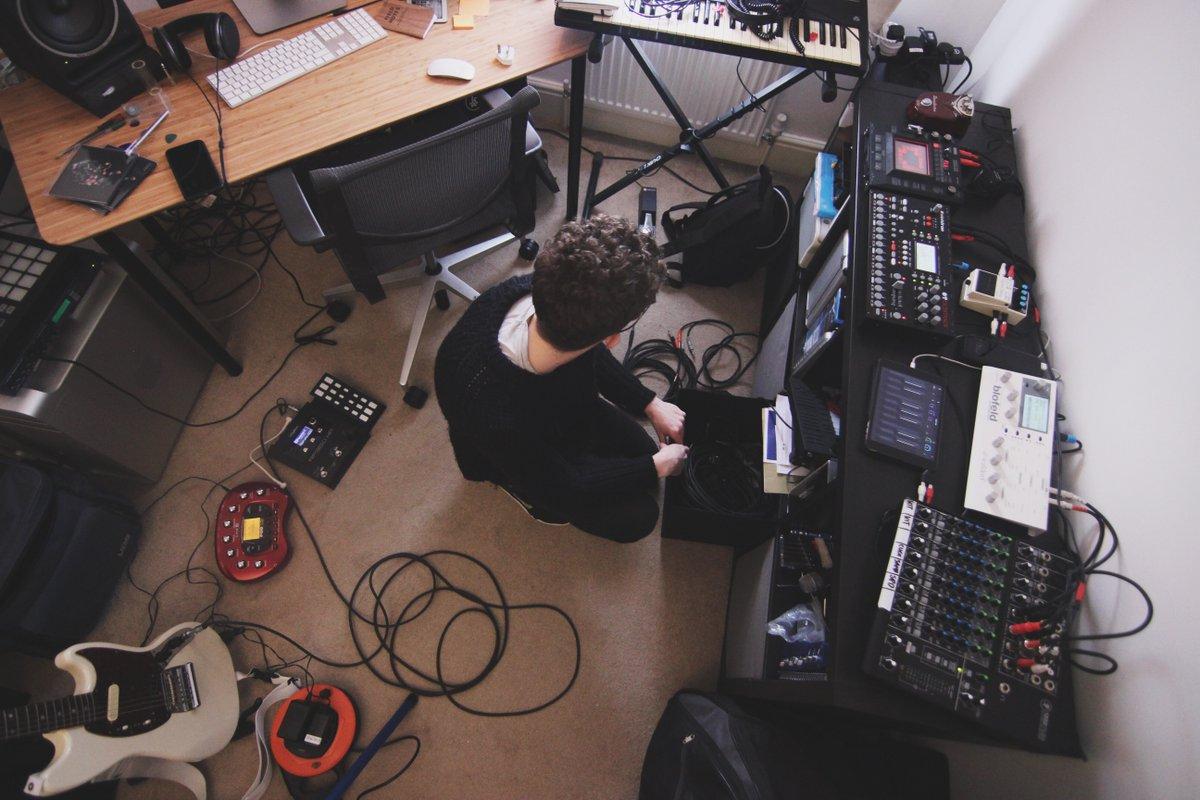 Earlier this week, @XLR8R and @Alex_Kozobolis visited my studio:  https://t.co/j8BqukNJs6 https://t.co/Jgck8mlkX7