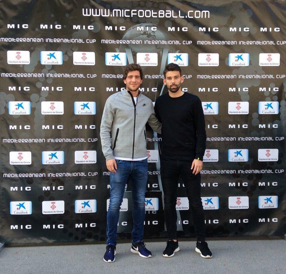 ¿Cuánto mide Sergi Roberto? - Altura - Real height CdMdQp1WwAATjrb