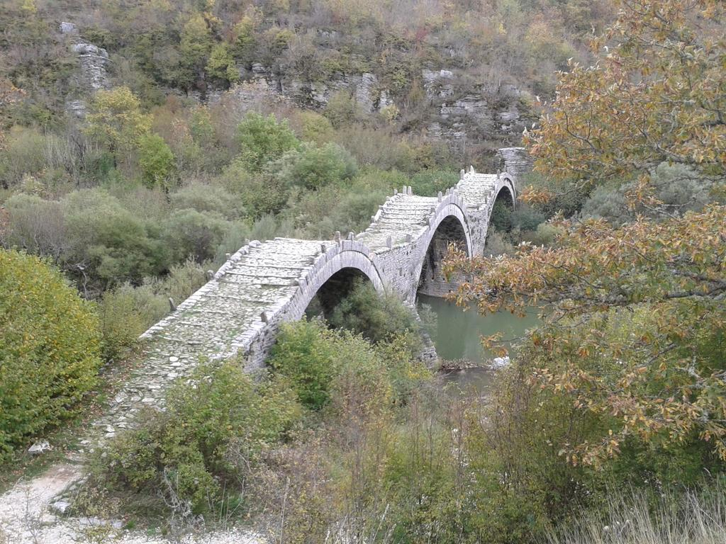 Kalogeriko #bridge in #epirus. Check more from #greece at: https://t.co/fJk6B8YwVY https://t.co/68MntvvuHy