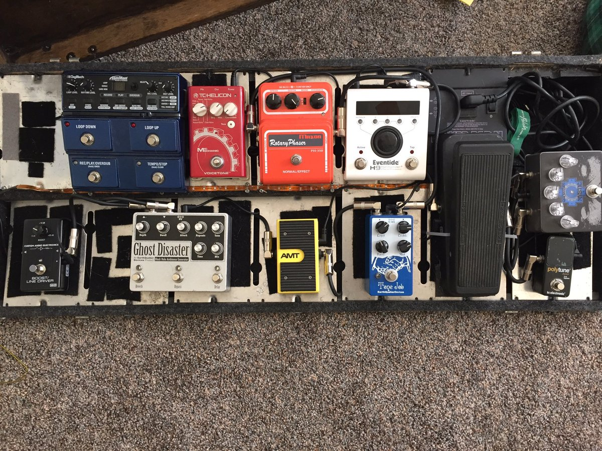 Khemmis On Twitter Bens New Pedalboard Setup For Our Trek To Pedal Board Wiring Sxsw Next Week Https Tco Oncieprblr