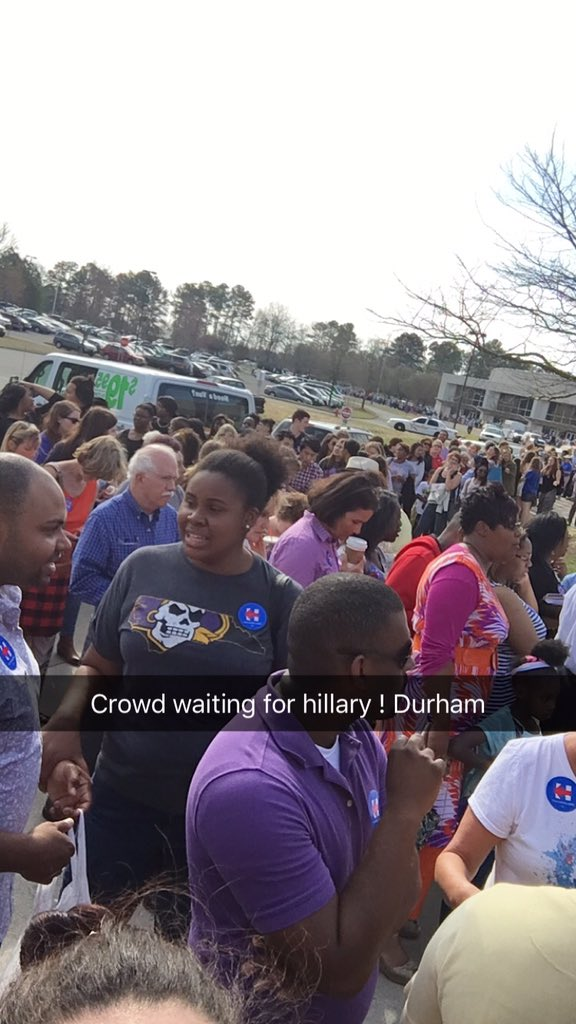 Big line! Enthusiasm for Hillary in Durham is crazy!!! #hrcfornc #ImWithHer #ShesWithUs https://t.co/sS49sMy0Sh
