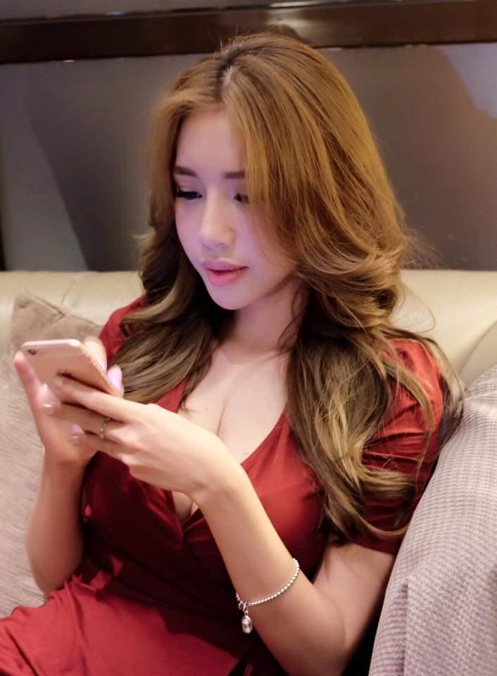 Elly Tran Ha 2017