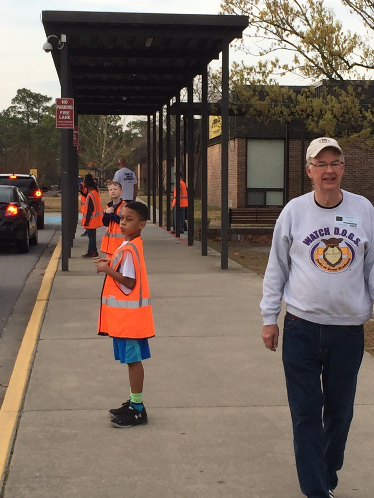 Watch DOGS @NCF4Dads and Safety Patrol. What a great combination @NSECrickets @RichlandTwo https://t.co/eHjMj0PEqG