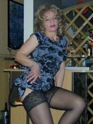 Sucht mann frau alte Alte Frau