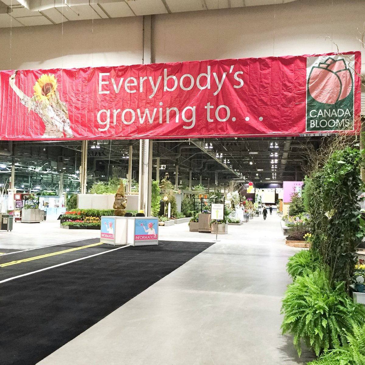 Spring has sprung @canadablooms! Don't miss out, purchase your tickets here: https://t.co/1YSj213HP7 #canadablooms https://t.co/spUClgHNsL