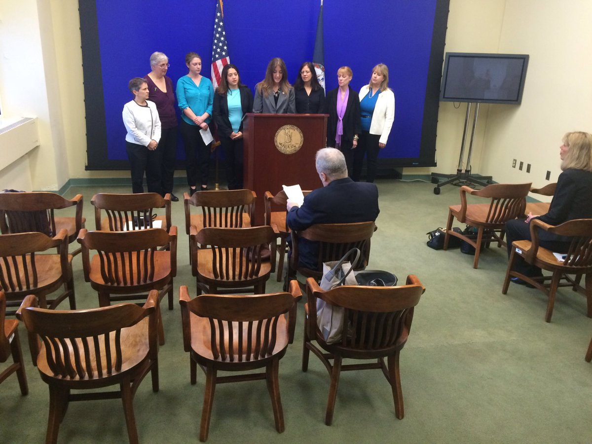 Press conference in RVA w/ @EFillerCorn, Gil Harrington & other activists on bills to fight domestic/sexual violence https://t.co/ObVhHRJFrQ