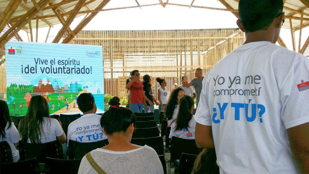 En breve inicia la ceremonia de reconocimiento y gratitud a los #Voluntarios de la iniciativa @PondetupartePer https://t.co/pN1D0RSR0w