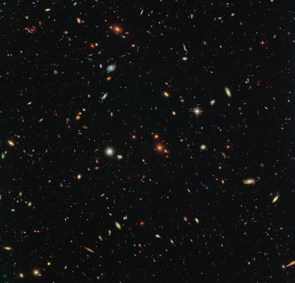 Hubble Sees a Legion of Galaxies via NASA https://t.co/FWsX5grTtN https://t.co/l6TarnniRE