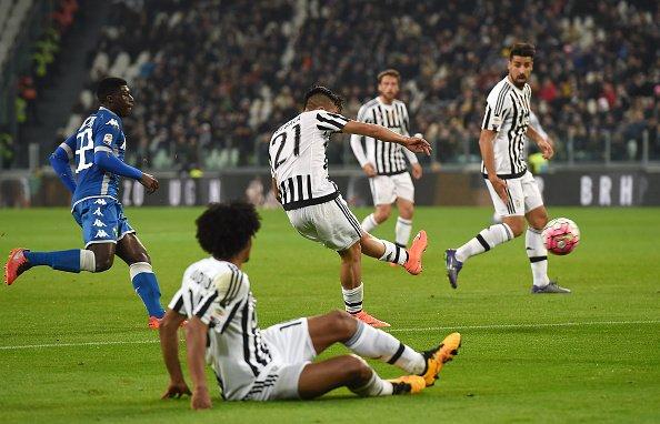 Connessione latina Dybala-Cuadraro e la Juventus vince sul Sassuolo VIDEO GOL