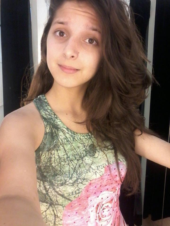 desaparecida. Porto Alegre. rt @cid_martins DESAPARECIDA desde ontem pela manhã! Andressa Vitória Dornelles,15 anos https://t.co/2EmKFLwrOA