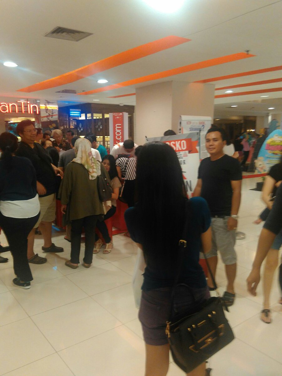 @danrem yg ada waktu lbh baik datang lsg, spt posko @temanAhok di MKG1 ini ramai sekali yg partisipasi