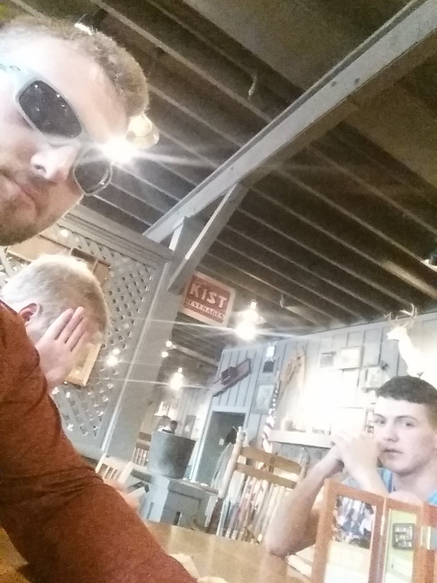 "Me @Cody__Caudill and TJ halfway through Bama and we're like ""let's get food"" #crackerbarrel #beenupsince3am <br>http://pic.twitter.com/N93QKsRM5n"