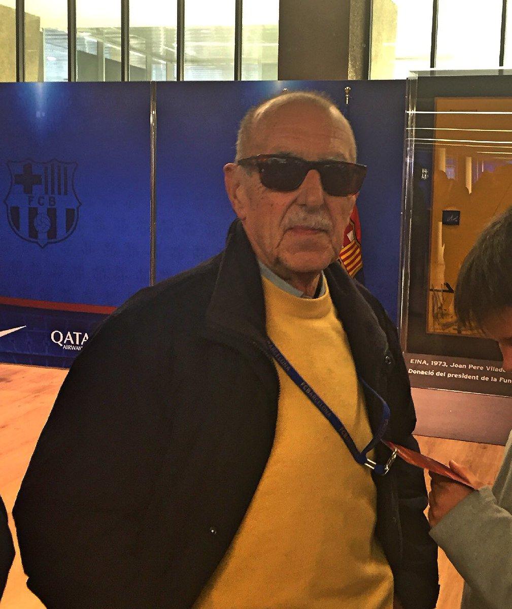 Avui fa anys una grandíssima persona, en Manel Vich, l'speaker del Camp Nou. En fa 78 anys. Per molts anys, amic! https://t.co/8xDTObxXBK