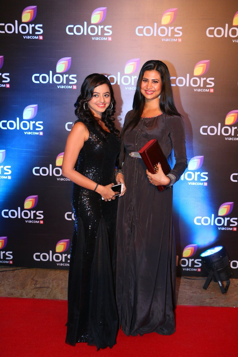 Helly Shah and Parineeta Borthakur aka Swara and Sharmistha of Swaragini at Colors Party 2016 Image-Photo
