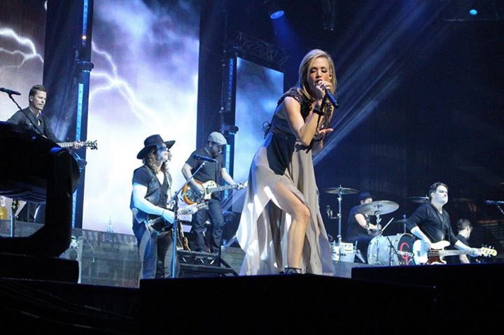 What a shot of @carrieunderwood at @C2CGlasgow  @C2Cfestival https://t.co/c9Ltiewwmi