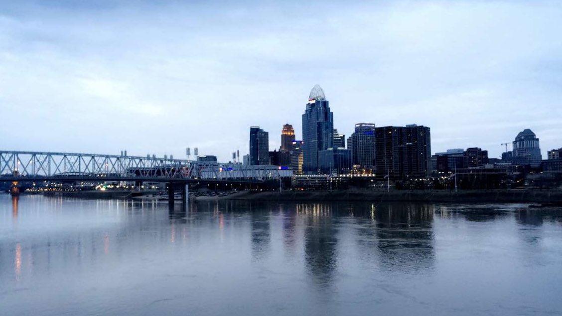 #Cincinnati #QueenCity #Ohio #Skyline #NewportView