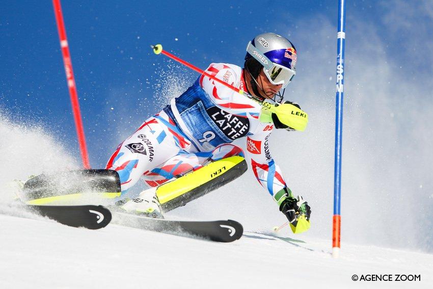 Le topic du ski et des sports d'hiver saison 2015-2016 V2 - Page 15 Cd_40OwWAAAmWDu