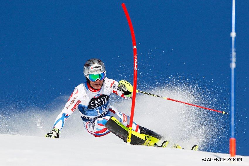 Le topic du ski et des sports d'hiver saison 2015-2016 V2 - Page 15 Cd_40ylW4AAD1Jh